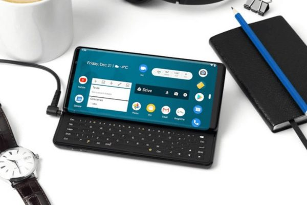 Smartphone con tastiera fisica, sì o no?